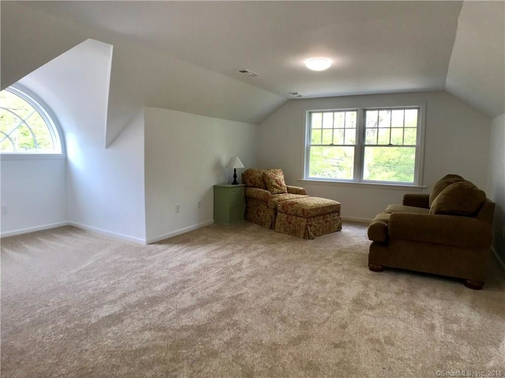 3rd floor area 300 sq feet 2 Duck Pond Road Norwalk CT 06855-2023
