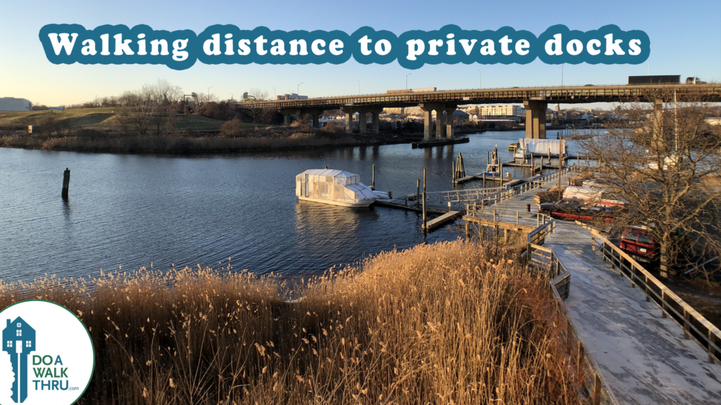 Norwalk River: walking distance to private docks