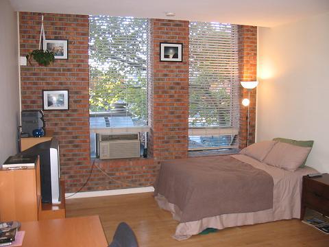 Living Area 94 Washington, Norwalk, Connecticut 06854